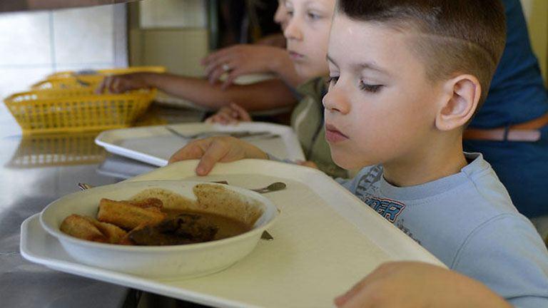 Menzareform=éhes gyerek?