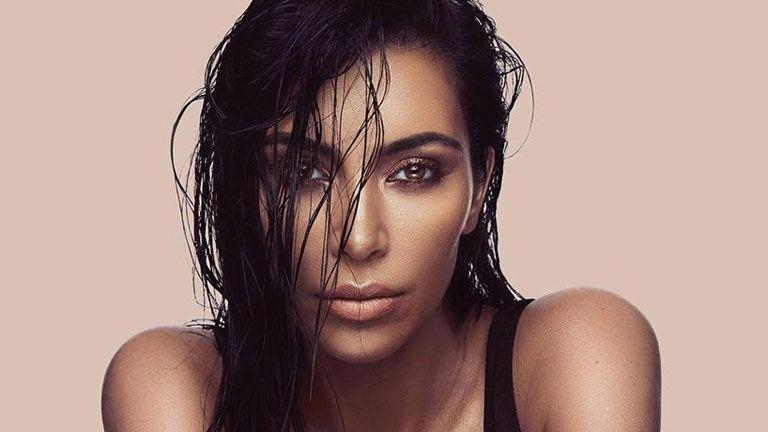 Rekordsebességgel fogyott el Kim Kardashian West kontúr és highlighter szettje