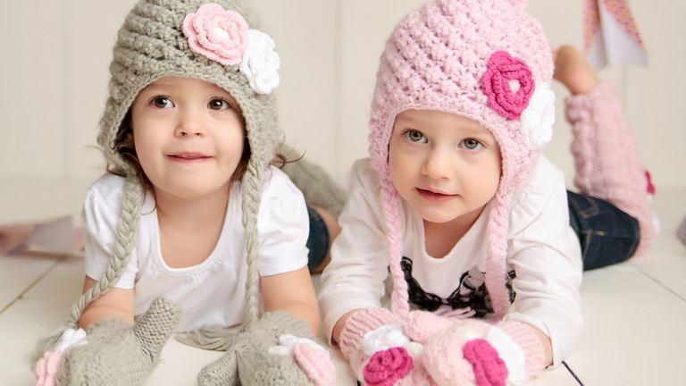 Milyen téli sapkát és sálat vegyél a babáknak?
