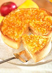 Mandulás-almás-narancsos torta