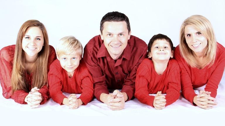 Boldog család és hagyományok