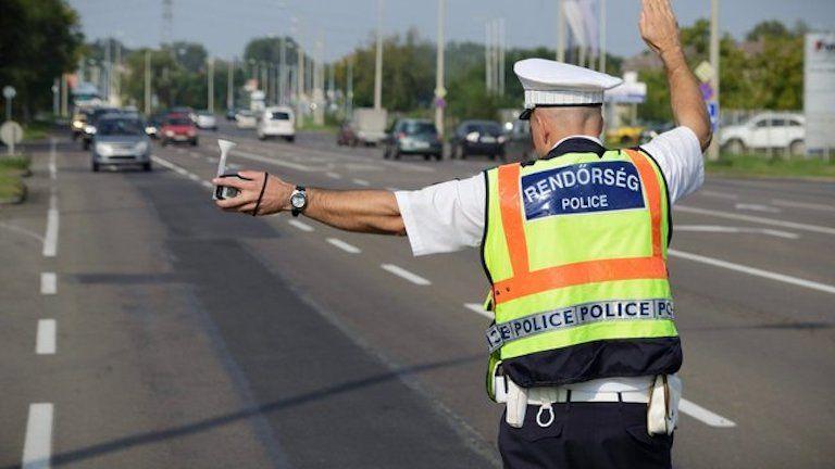 rendőr, igazoltatás, alkoholszonda
