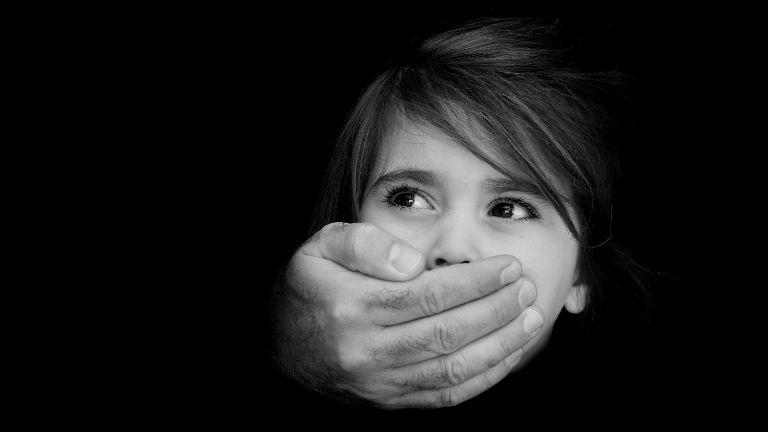 verés, bántalmazás, tanár, iskola