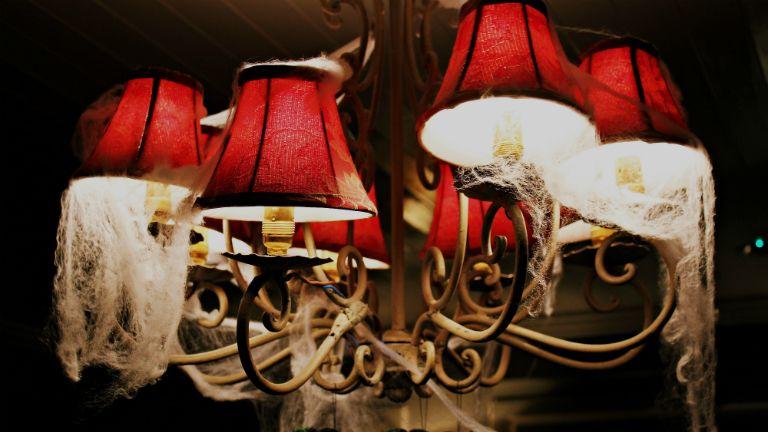 pókhálós lámpa