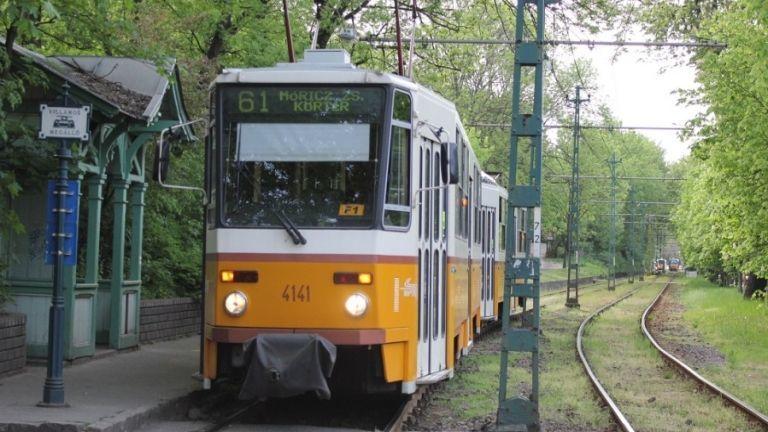 61-es villamos (forrás: Ittlakunk.hu)