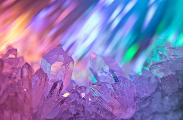 indigó kristály szivárvány gyerek