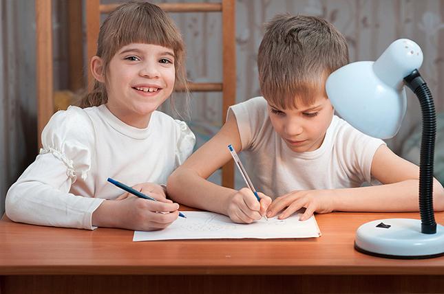 Jó, ha nyáron is tanul a gyerek?