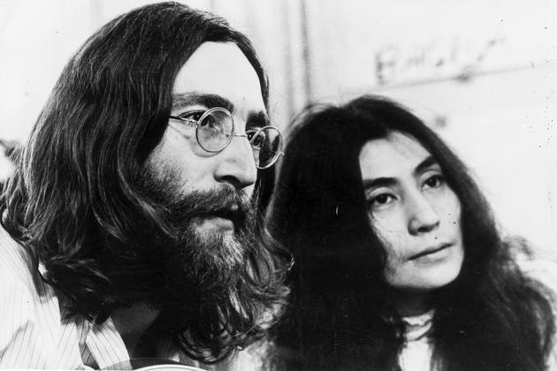 Yoko Ono és Lennon: Szabadságért harcoltak, de háborúban álltak a világgal