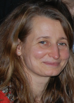 Judit (44)