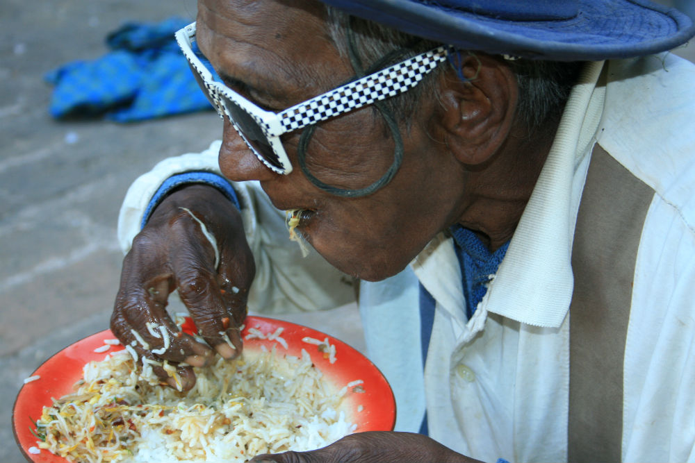 Burma 19 arca - fotóriport