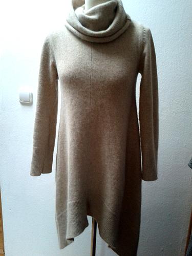 Bézs hosszú pulóver moherrel - Háda