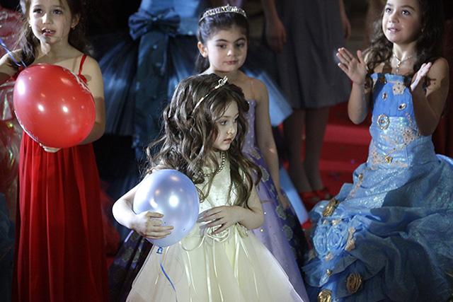 A Nők Lapja Café olvasói betiltanák a gyermekszépségversenyeket