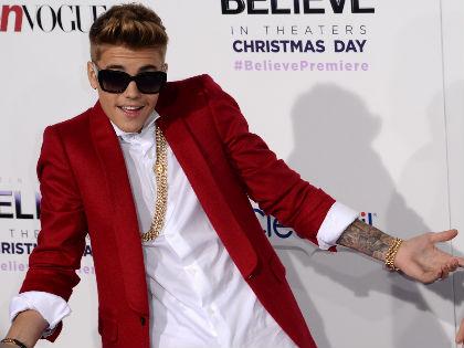 Michelle Obama kiosztotta Justin Bieber szüleit