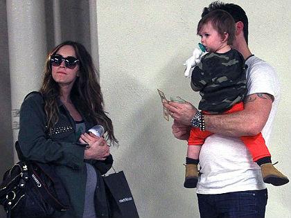 Megszületett a 27 éves Megan Fox második gyermeke