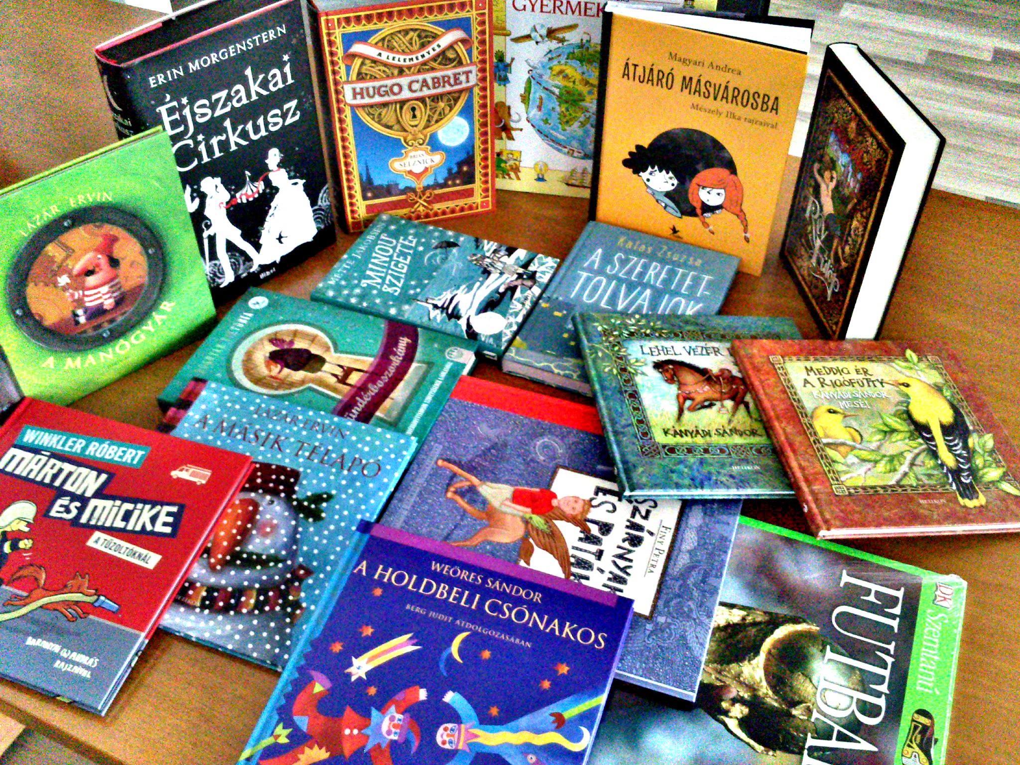 Adj ma könyvet egy gyereknek