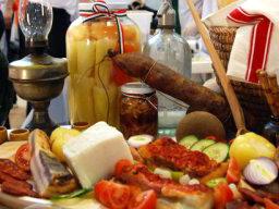 Programok hétvégére: kocsonyafarsang és magyar borok bálja