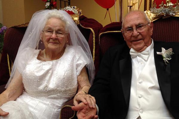 72 évet vártak az álomesküvőre