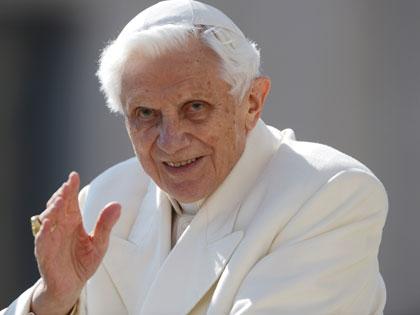 Csak most árulta el XVI. Benedek, hogy miért mondott le