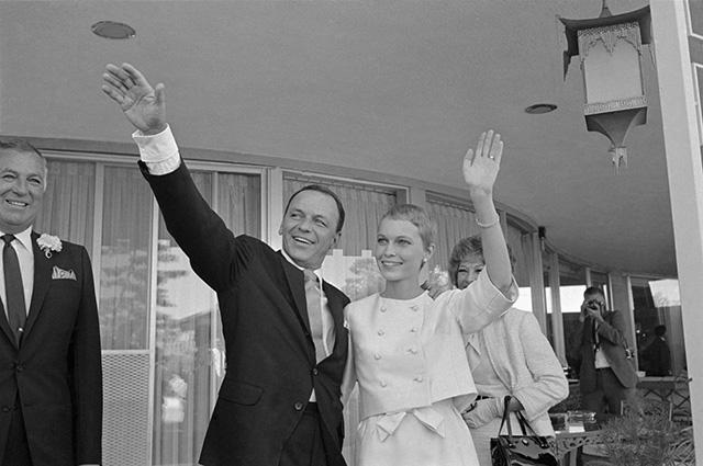 Frank Sinatra és Mia Farrow