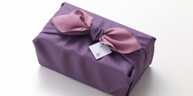 Több mint 22 ezer forintba kerül a világ legdrágább papírzsebkendője