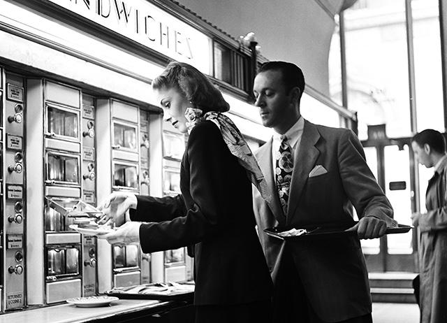 Egy New York-i szendvics-automata 1948-ból