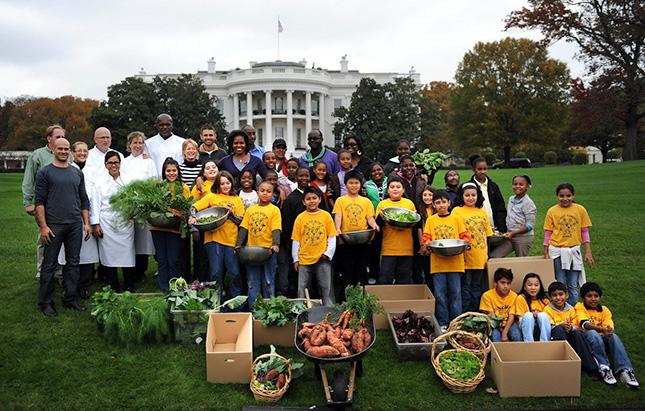 Zöld forradalom: Mrs. Obama divatba hozta a kertészkedést