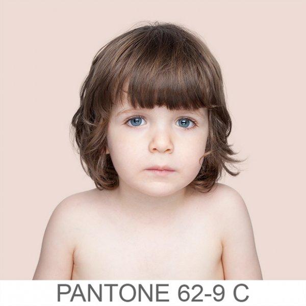 Bőrszínek a pantone-skálán - csodás, provokatív képek