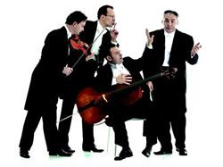 Vasárnapi programok: Cifra Palota és koncert