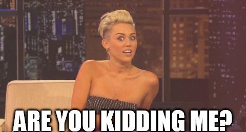 Miley Cyrus megalázta Simon Cowellt!