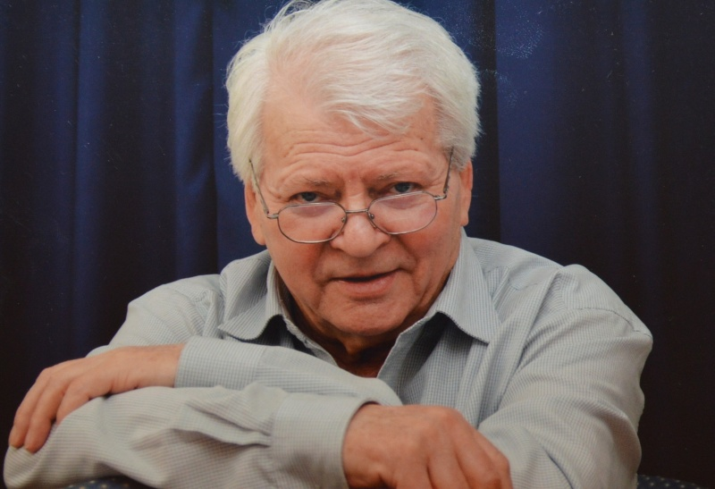 Meghalt Szabó Gyula