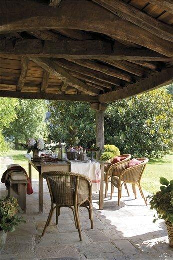 Ház a spanyol hegyekben: így kell belakni egy kertet