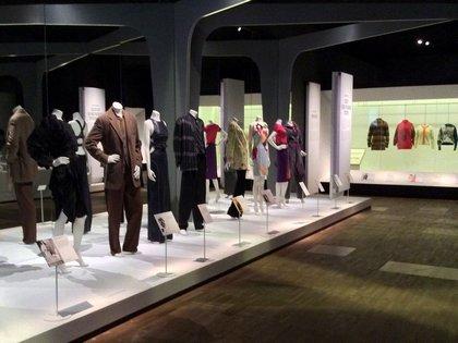 Olasz divatkiállítás Londonban a V&A Múzeumban