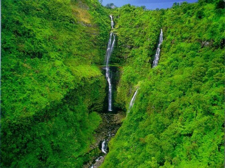 Ide indult a tizenéves: Hana-vízesés Mauin