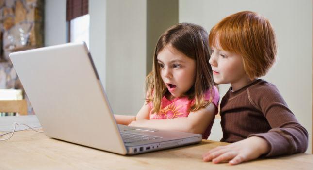 Pornót néz a gyerekem