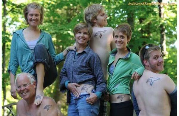 29 totál bizarr családi fotó, amitől zavarba jössz