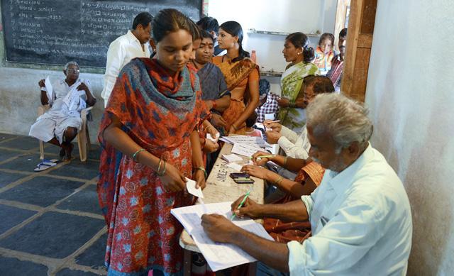 Választások Indiában: a nők biztonsága a tét