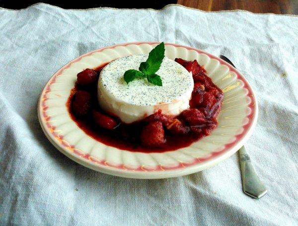 Panna cotta balzsamos-vörösboros eperraguval