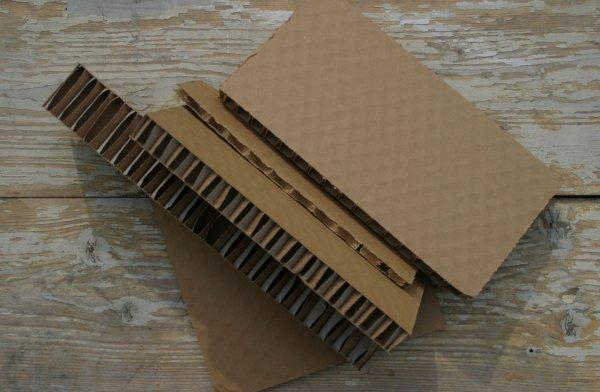 Csináld magad: ceruzatartó újrahasznosított kartonból
