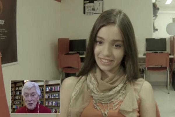 Idős amerikaiaktól tanulnak angolul a brazil tinik