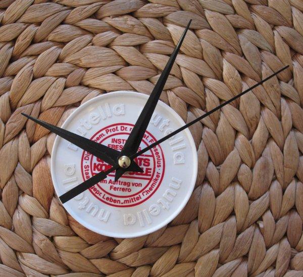Így lesz óra egy műanyag kupakból