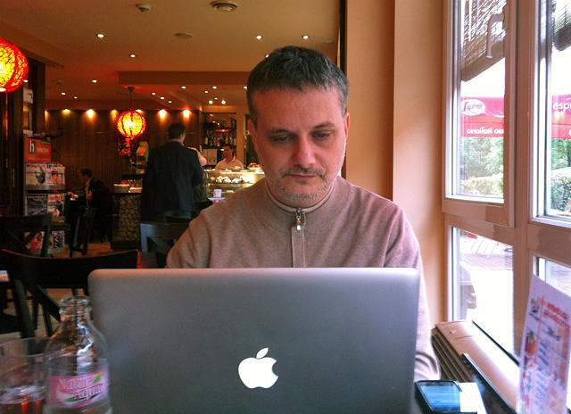Nyáry Krisztián a Nők Lapja Café vendégszerkesztője lesz
