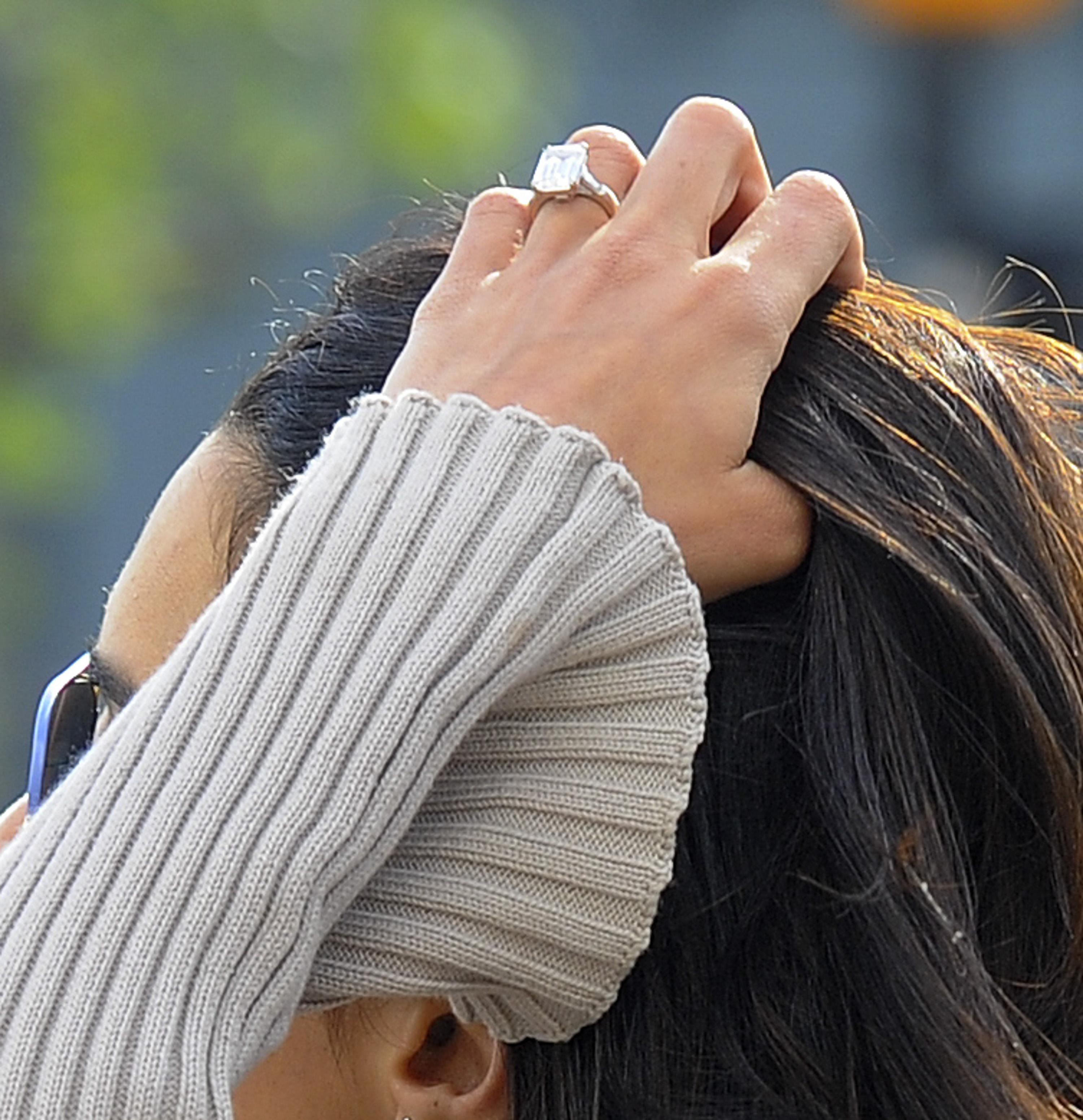 Clooney ezzel a gyűrűvel kérte meg Amal kezét
