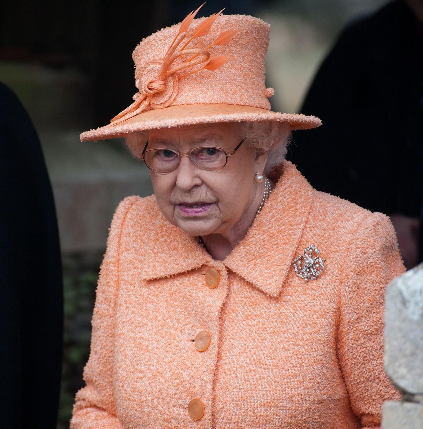 Áll a bál a királyi családban: Harry herceg ismét kihúzta a gyufát