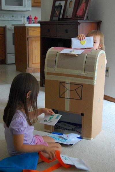 Kreatív kartonjátékok gyereknapra