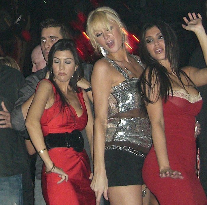 10 ok, amiért Kim Kardashian híres