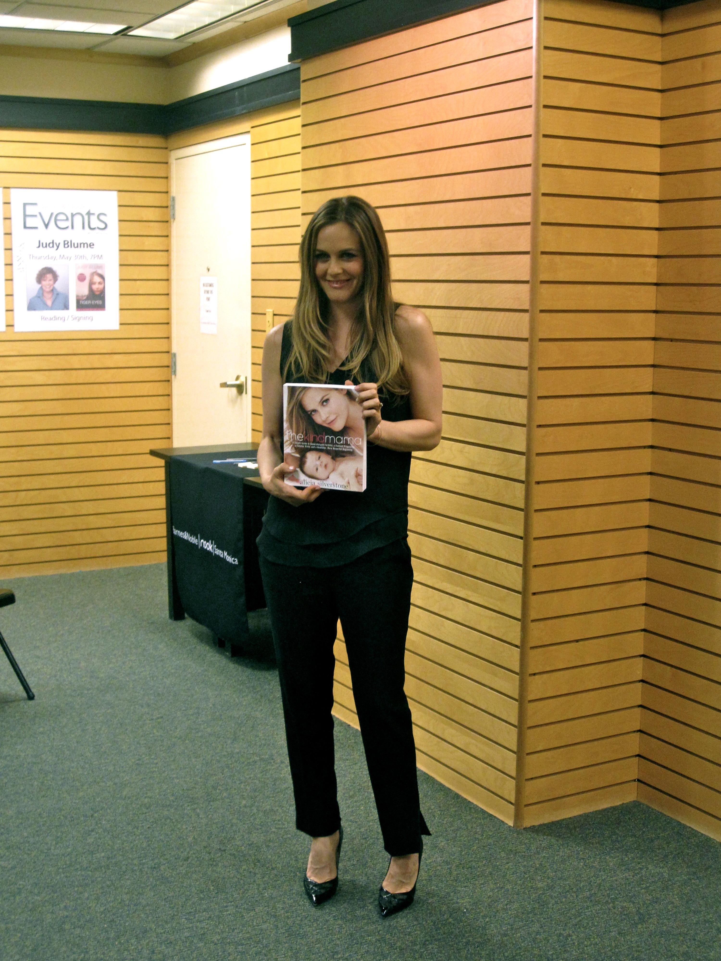 A Spinédzserek egykori szőkeségével,  Alicia Silverstone-nal találkoztunk Los Angelesben