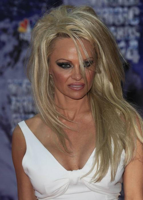 Borzasztóan néz ki Pamela Anderson - fotó