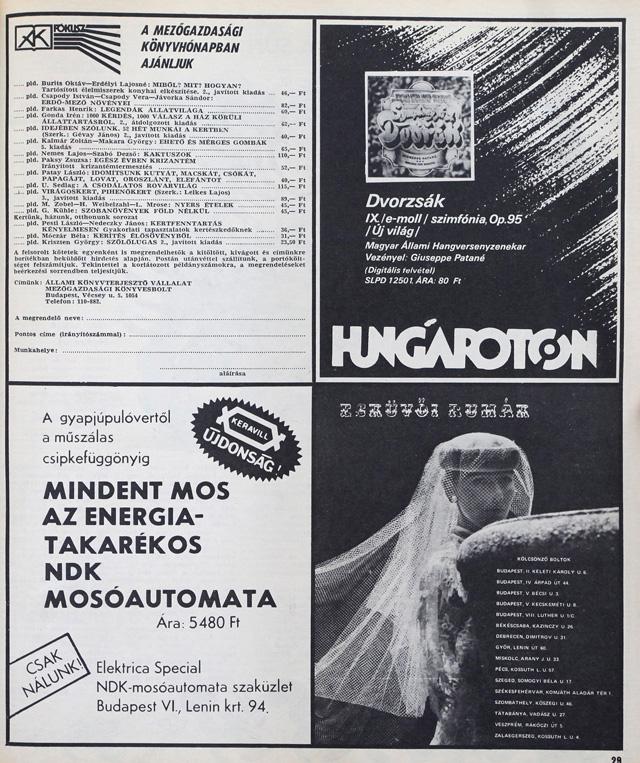 Esküvői ruhák és mezpgazdasági könyvek 1983-ból.