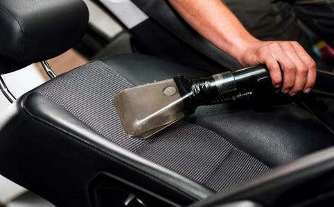 Autókárpit tisztítás – otthon is megoldható