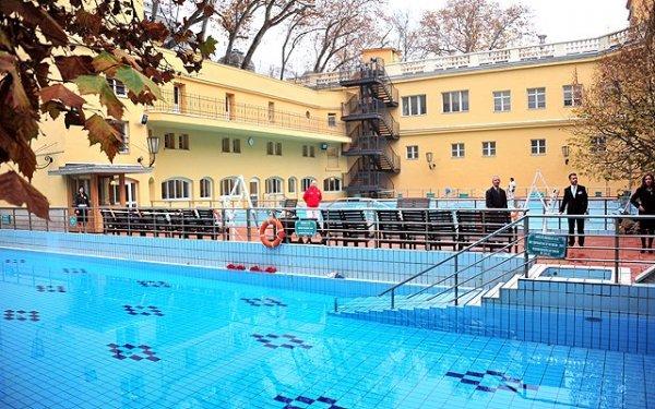 5 meglepő dolog a budapesti fürdőkről